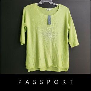 Passports women Crochet Sweater Size Medium Green
